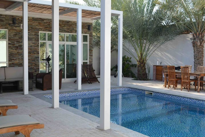 Dar 66 Chalet with Private Pool 3BR