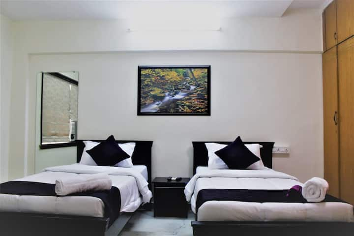 Private Room in Dadar Prabhadevi  Sidhivinayak