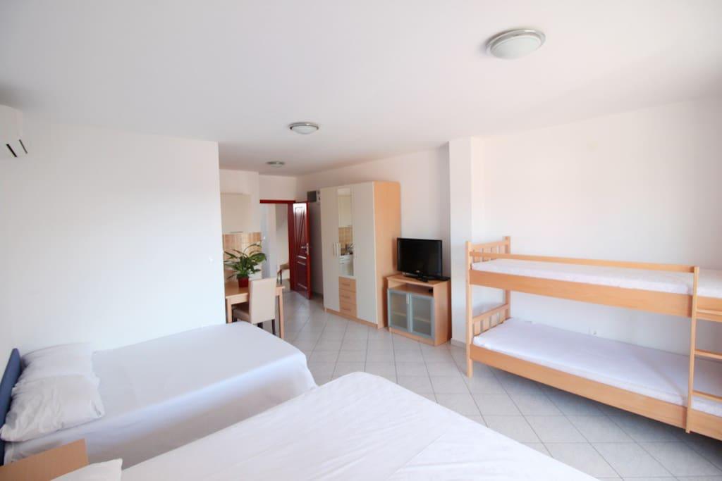 Apartment 3.3