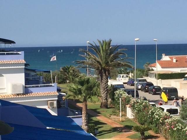 Apartamento con vistas al mar - Primera Linea