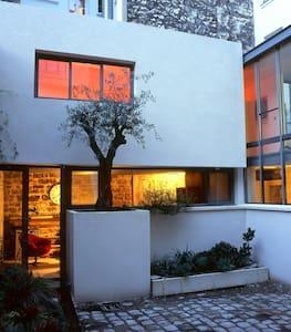 Studio 25m² in an architect's house - París