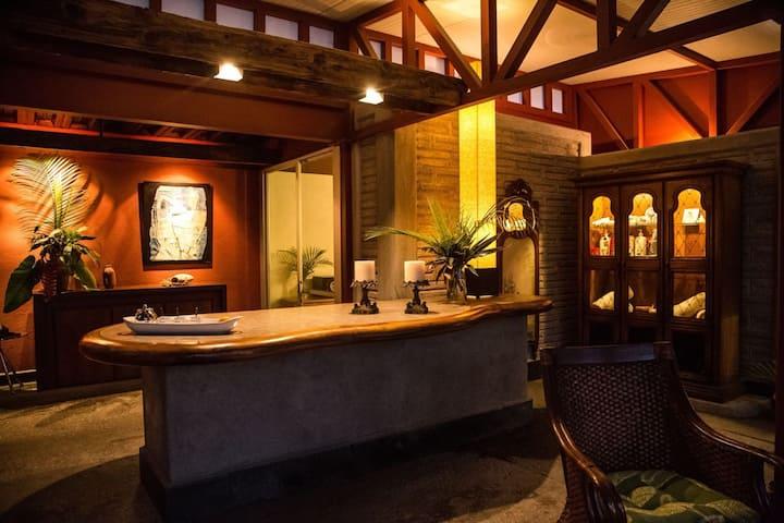 Casa Chu - Master Suite Lola