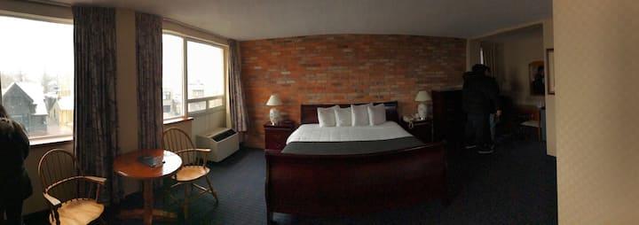 Hotel 89 -04-Standard King Room