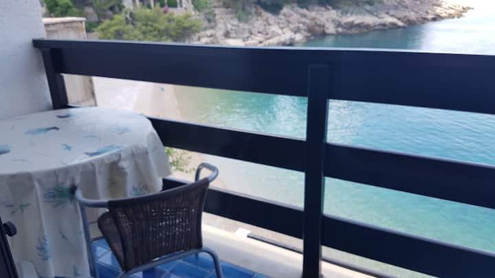 Three Bedroom Apartment, beachfront in Bogomolje, Balcony, Terrace