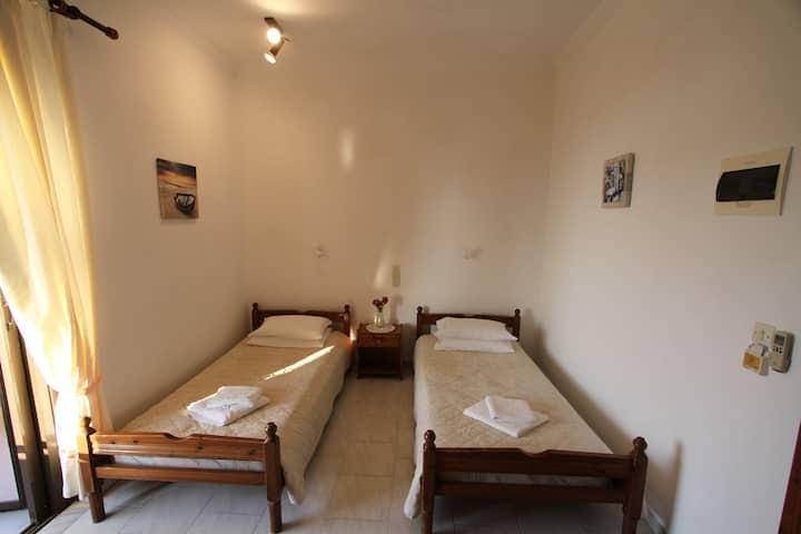 Porto Fino Room #6