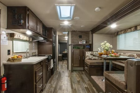 Camper close to Wellington Equestrian Activities - Loxahatchee - Autocaravana