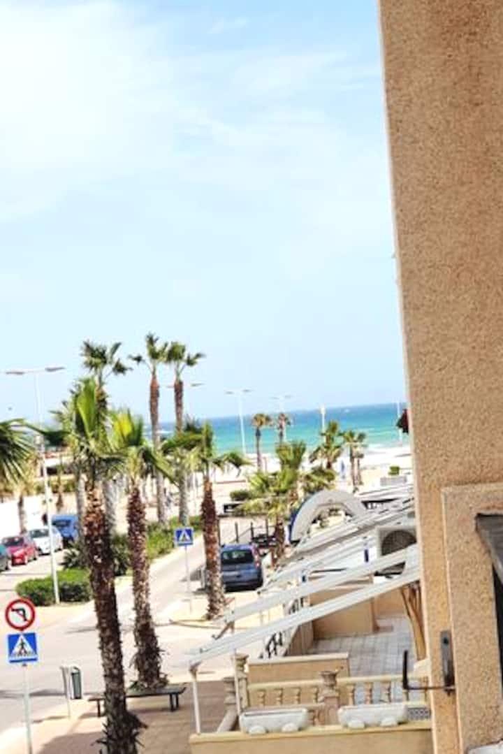Seaside holiday apartment in Lamata