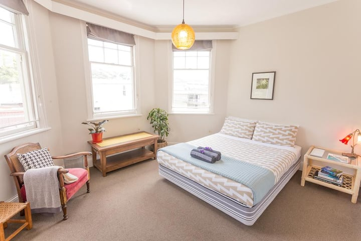 Private Large Double Room at The Dwellington