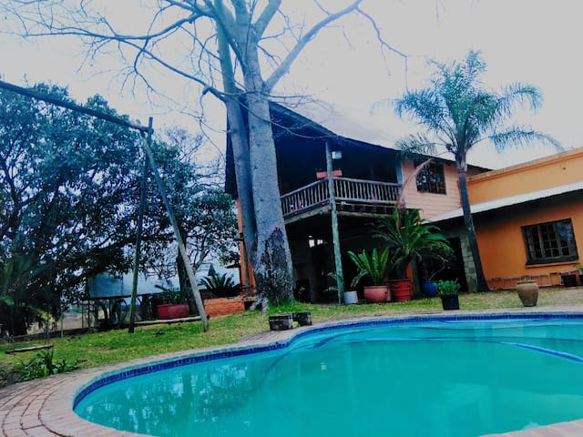 Rondebosch country club and guesthouse