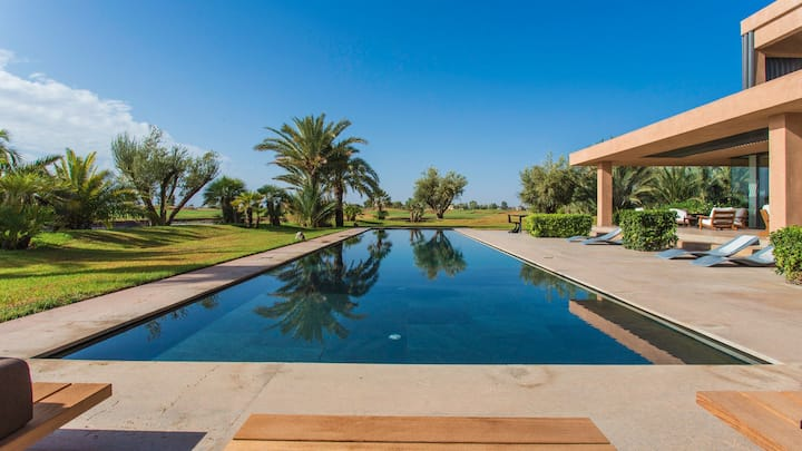 Villa de Luxe Service Complet et Piscine Privée