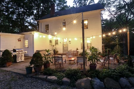 Beautiful large home & property for close to NYC