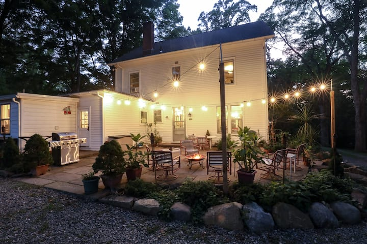 Beautiful large home & property, 45 minutes to NYC