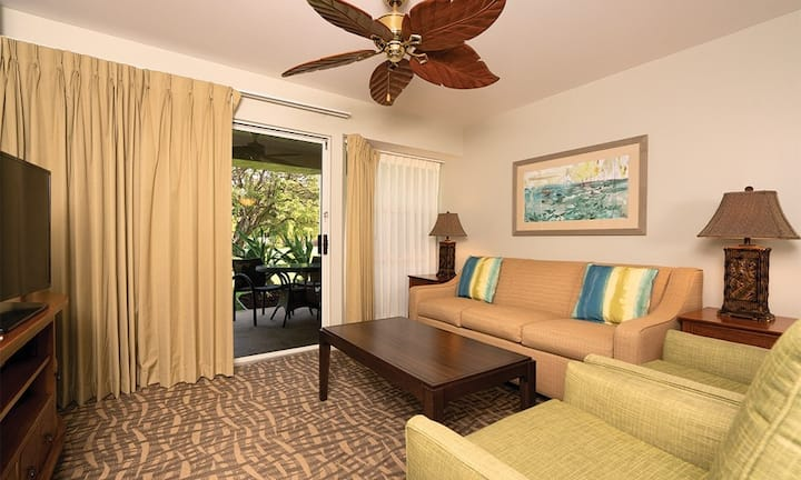 YOUR 2 -bedroom Big Island Resort Getaway!