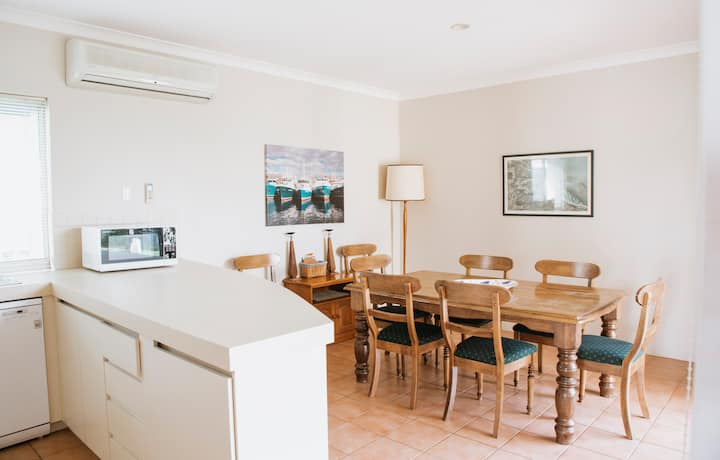 Geographe Cove Cottage