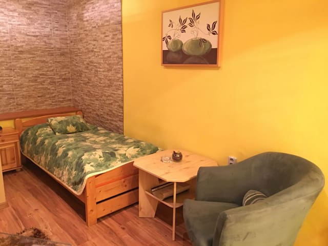 Private room in city centre - Prešov - Guesthouse