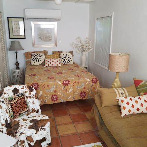 Siesta Cottage