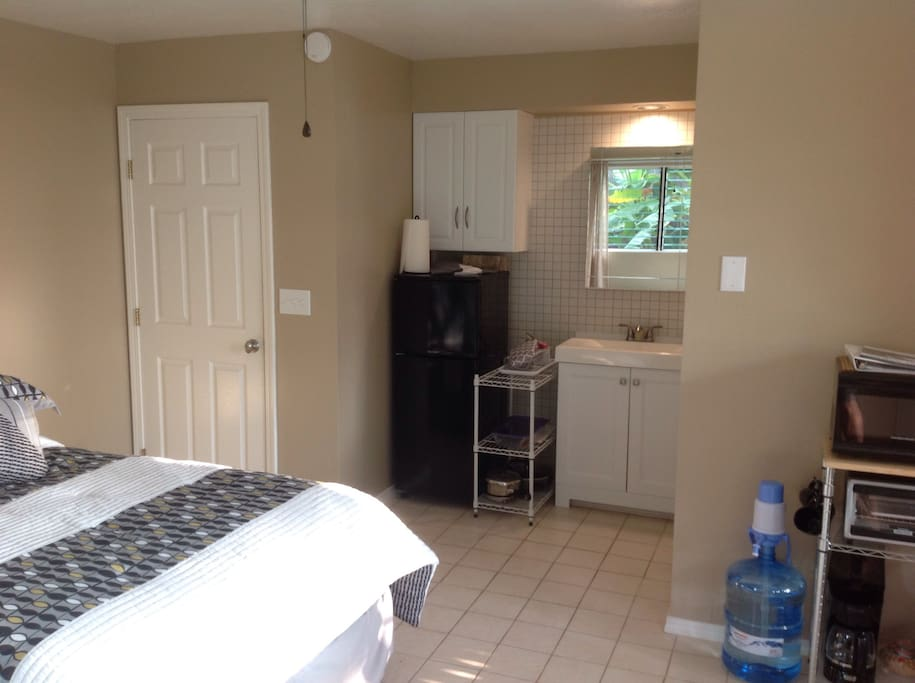 Private studio apartment in Kona - Apartments for Rent in ...