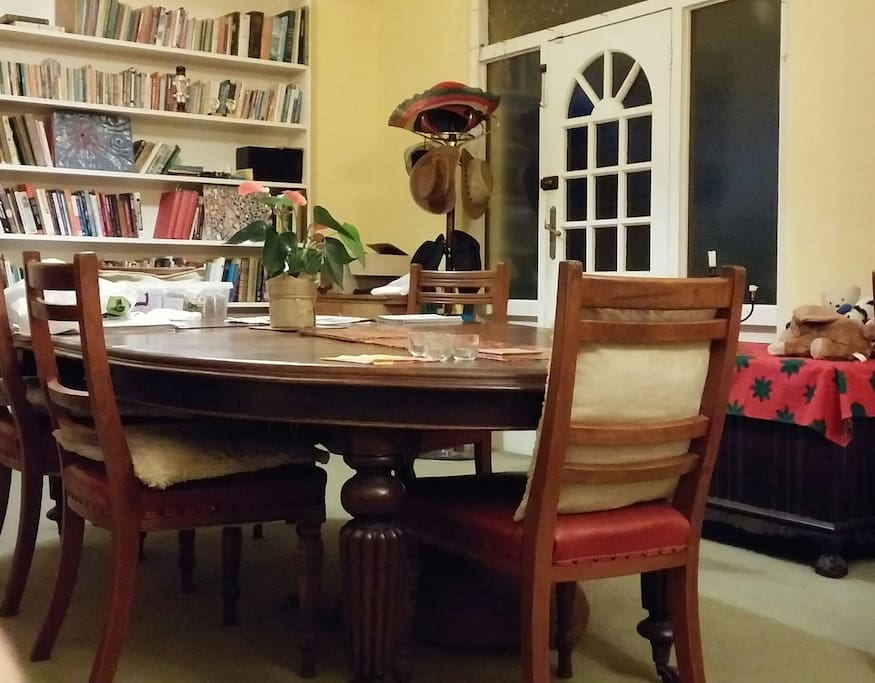 Dining room table can expand to seat 10 people.