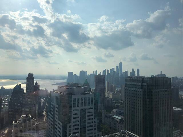 Downtown Brooklyn Room with a View!