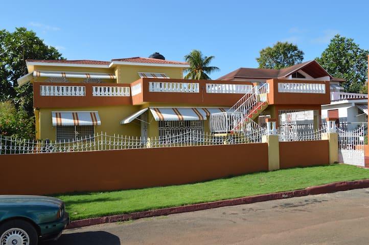 Villa Clara:-    A gorgeously spacious dwelling.