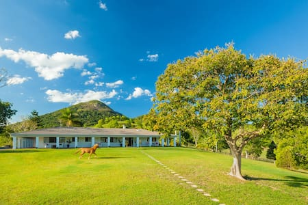 Eumundi Mountain Lodge - Eumundi - บ้าน