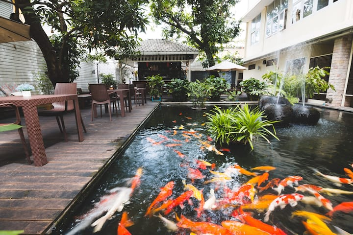 Quality Sleep in Best Location Old Town BKK+SUBWAY