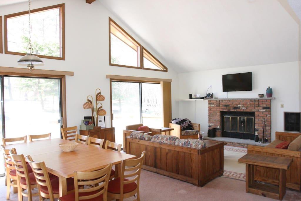 Main Level Living & Dining Room