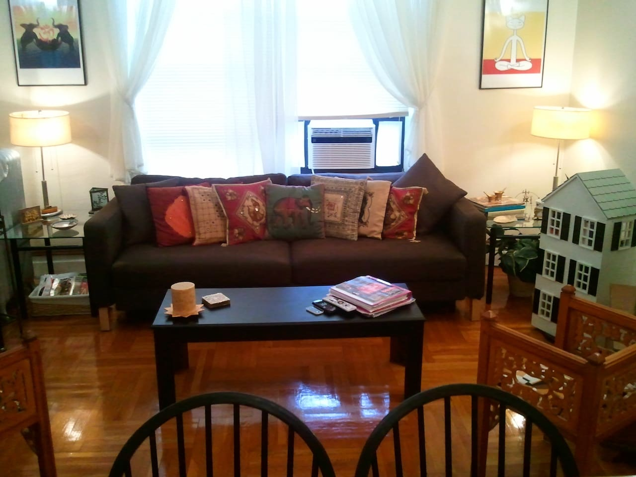 Cozy and spaciously living room