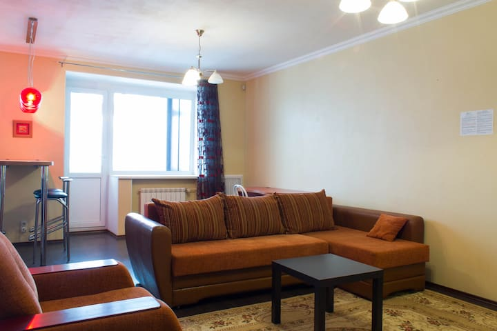 1к апартамент - студия с балконом - Томск