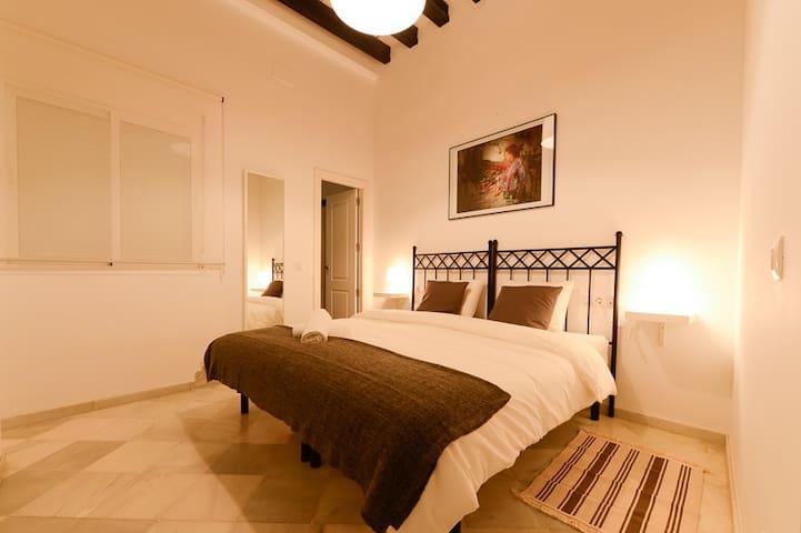 Amplia cama, 1,80m x 2m