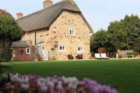 Willses - Garden View - Brighstone - Bed & Breakfast