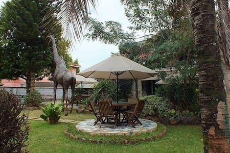 Twiga Sanctuary Resort - Kisumu - Bed & Breakfast