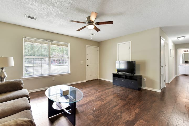 Lovely home #4 with 3 bedrooms and 2 baths