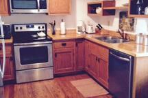 Clean, modern kitchen.