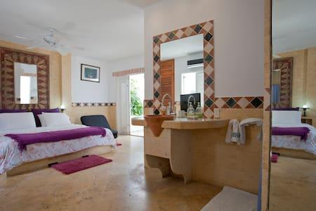 CASA OLD TOWN (CINCO  HABITACIONES) - Cartagena - Rumah