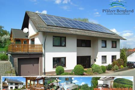 4**** Ferienwohnung Königsland - Hinzweiler - Appartamento