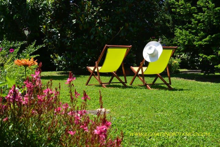 B&B Il Giardino Botanico Jasmine - Maslianico - Penzion (B&B)
