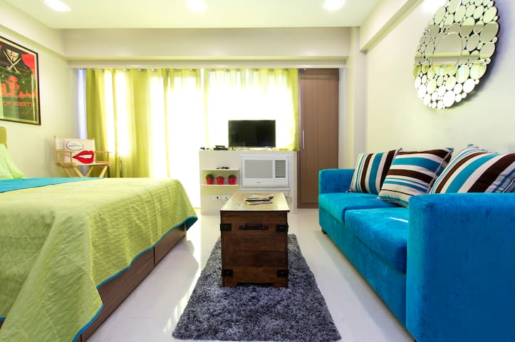 CONDO WITH PARKING NEAR  NAIA T3 - Pasay - Appartamento