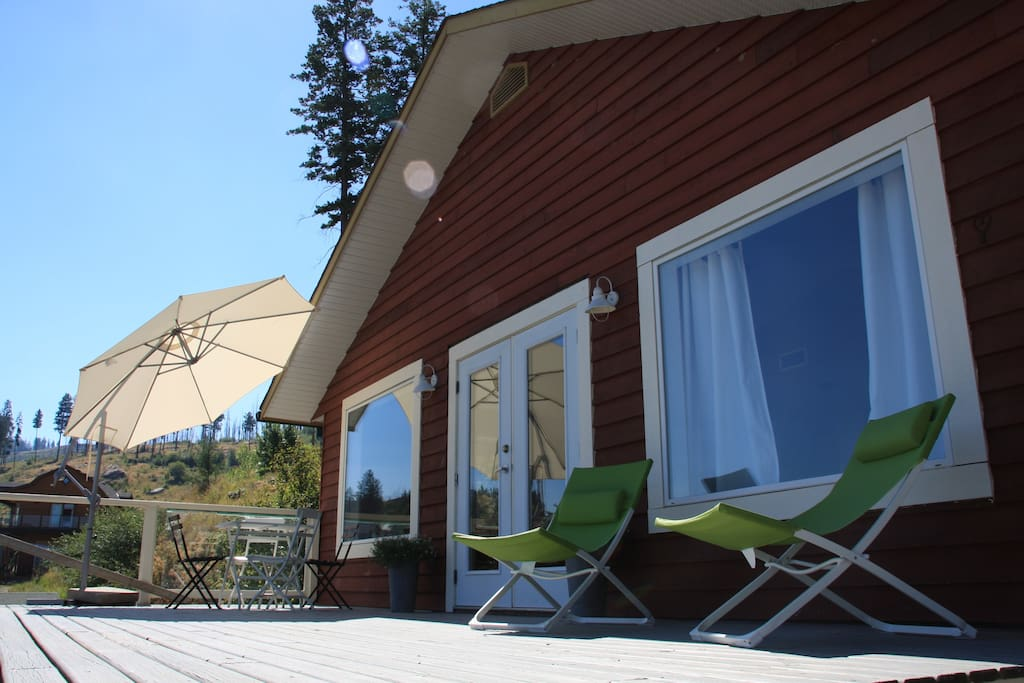 View of upper floor of the cottage with sundeck.