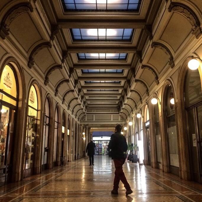 Galleria via Mazzini, entrance via Mazzini
