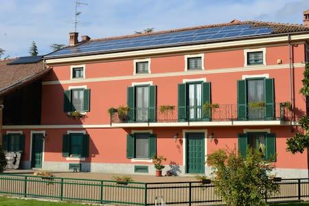 tenuta Plaisante - Casale Monferrato - House