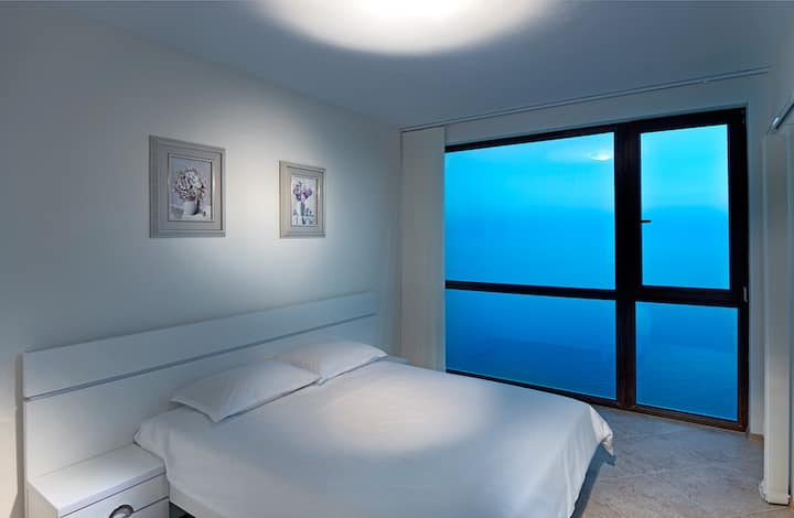 Standard One Bedroom Apartment with Sea View