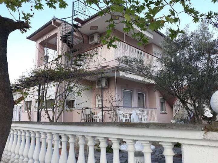 Big maisonette with view in Asprovalta