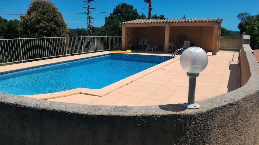 Appartement T2 équipé, avec piscine, proche plage - Ventiseri