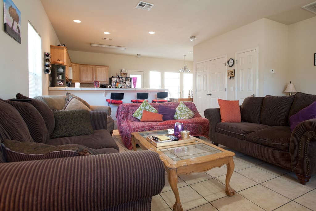 Spacious living room - 2 large sofas, 1 futon and oversized lounge chair