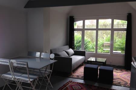 Maison loft+jardin LILLE, 1 à 4 pers - Dům