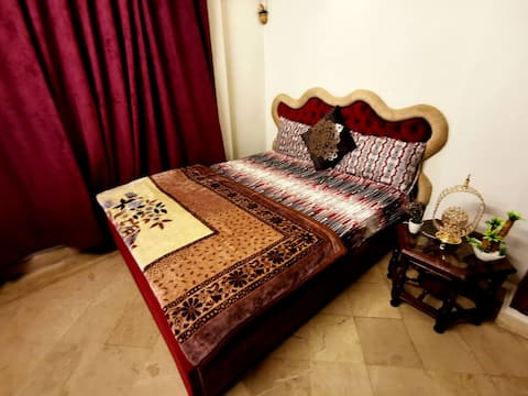 2-Bedrooms Luxury, Private,Secure APT w/ King Beds