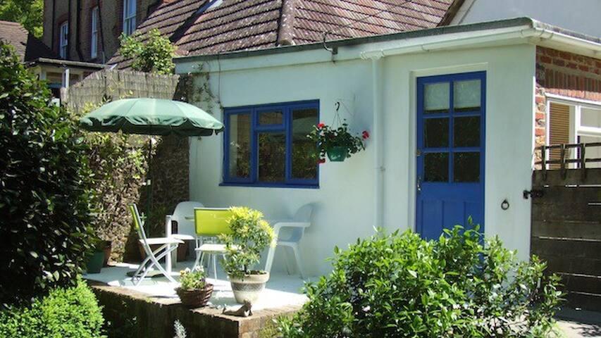 Overglen Court B&B - Hill Brow - Bed & Breakfast