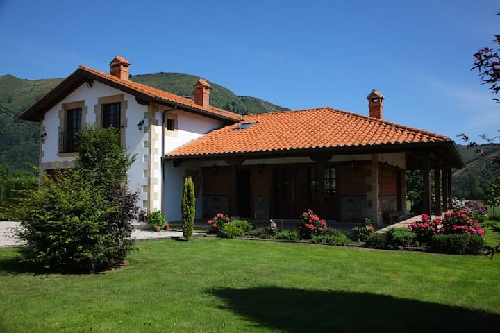 Apartement in Valle de Cabuérniga - Ucieda - Appartement