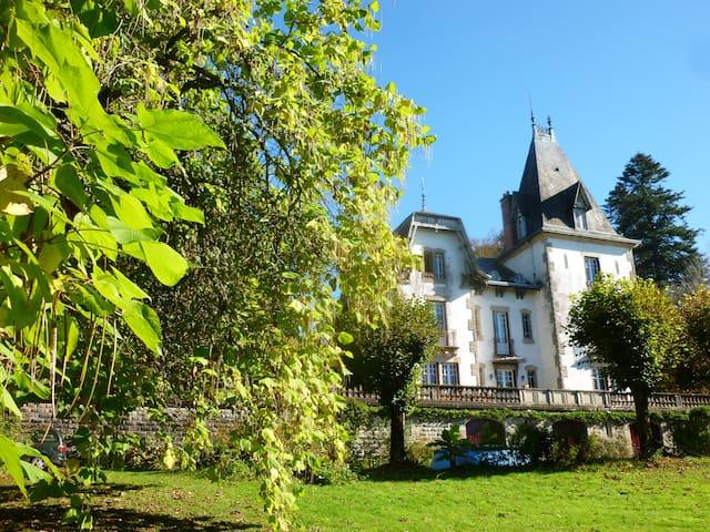 Nuit au chateau Saint Roch  - Ambazac - Hrad
